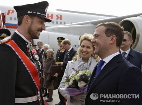 dmitry medvedev and wife. Dmitry Medvedev, his wife and