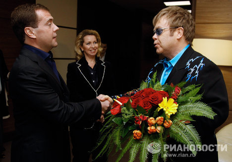 Russian President Dmitry Medvedev and his wife attended a concert by the famous British pop and rock singer Elton John in Moscow's Crocus City Hall on Sunday. <br /><br /><br /><br />