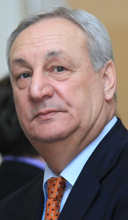 Abkhaz President Sergei Bagapsh, 62, died at Moscow clinic No. 83 of the Federal Medical and Biological Agency after undergoing a surgery on his right lung. <br />