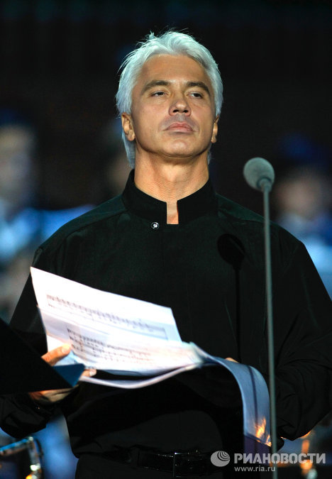 "The ""golden baritone,"" Dmitry Hvorostovsky, celebrates his 50th birthday on October 16. One of the most popular opera singers, he performs in concerts all over the world and lives, as he admits himself, ""from mountaintop to mountaintop."""
