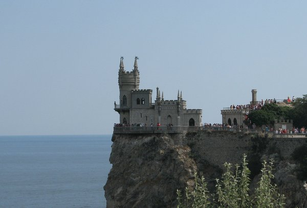The Swallow's Nest is a Neo-Gothic decorative castle near the Crimean city of Yalta. It was built between 1911 and 1912 on top of the 40-meter high Aurora Cliff. The building is very compact in size.
